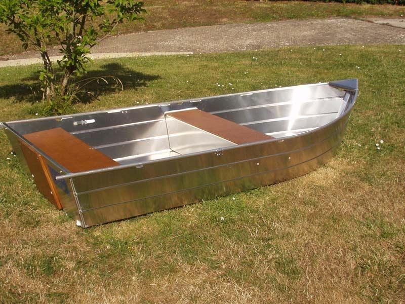 small boat (10)