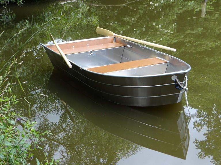 small boat (31)