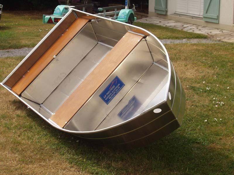 small boat (4)
