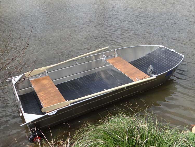 fishing small boat_10