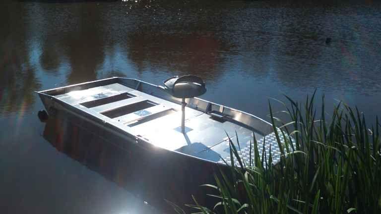 fishing small boat_103
