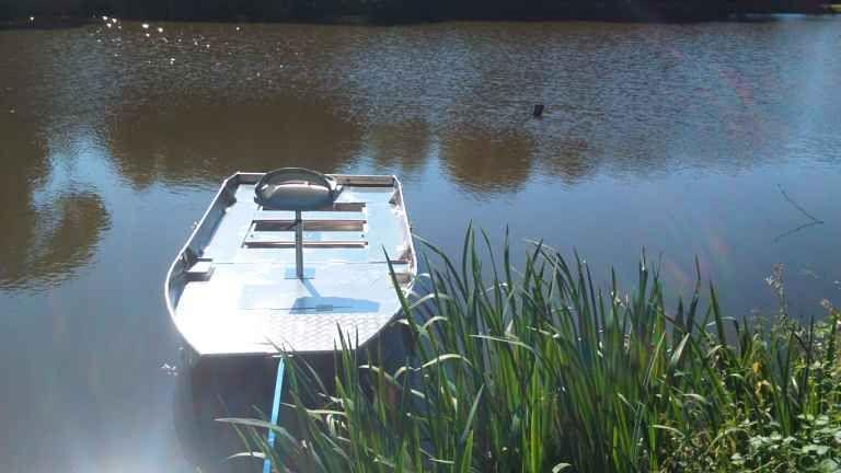 fishing small boat_107