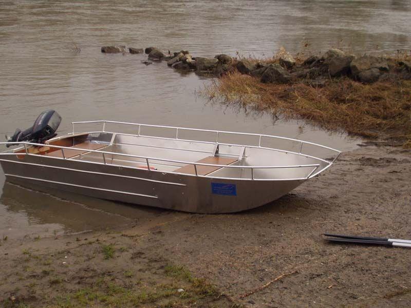 fishing small boat_11