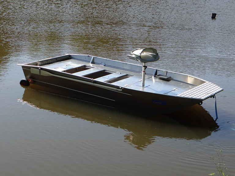 fishing small boat_111