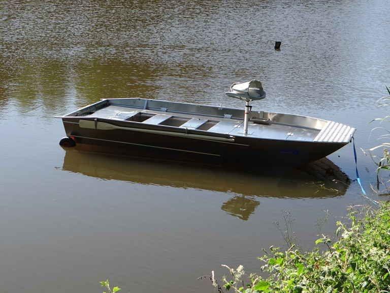 fishing small boat_113