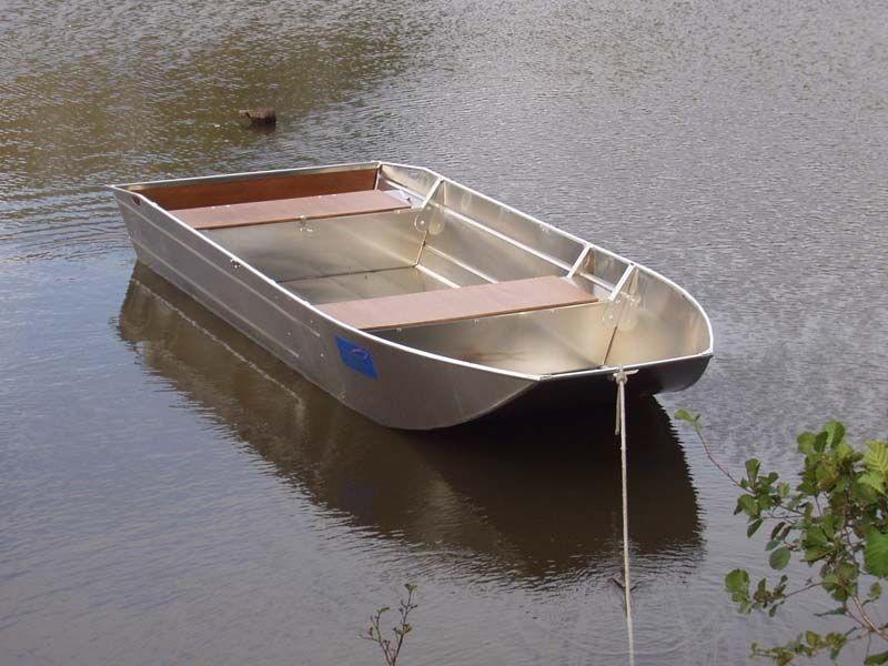 fishing small boat_2