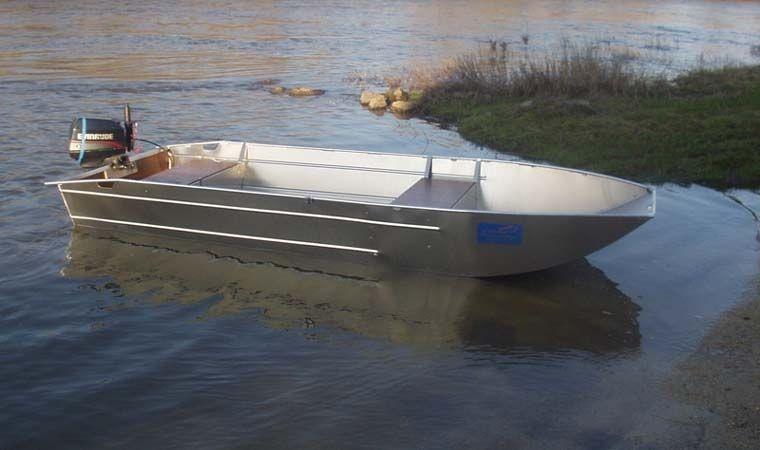 fishing small boat_23