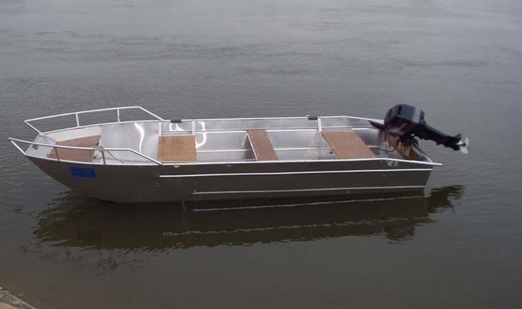 fishing small boat_30