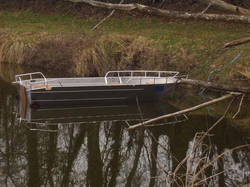 fishing small boat_31