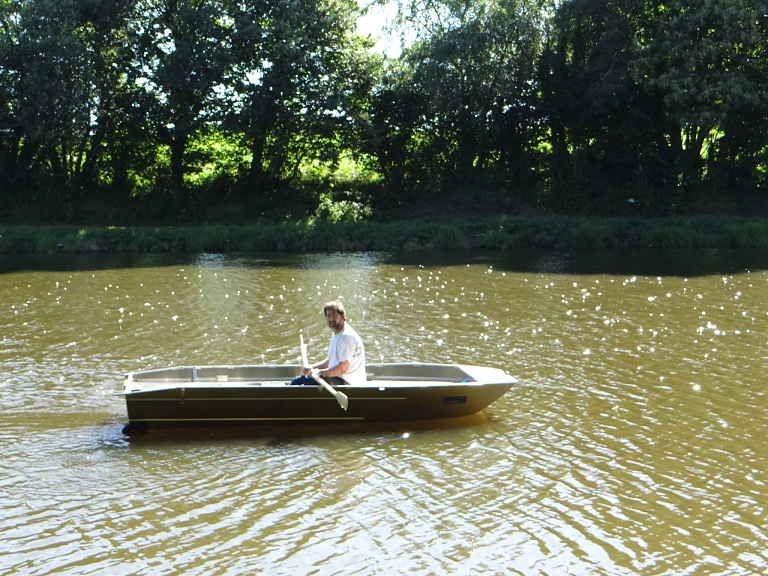 fishing small boat_49