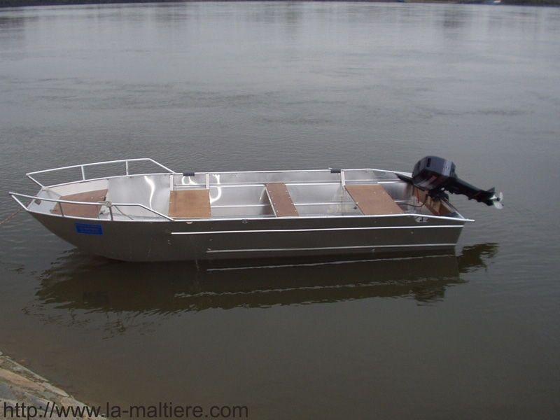 fishing small boat_50