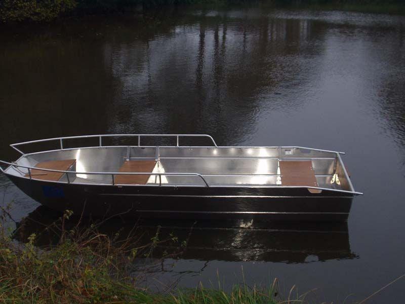 fishing small boat_51