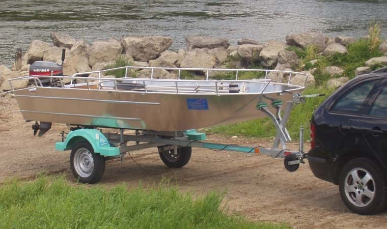 fishing small boat_69