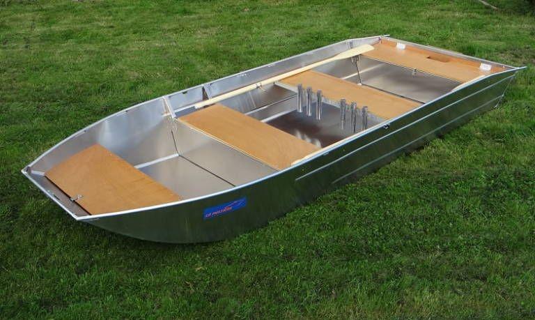 fishing small boat_76