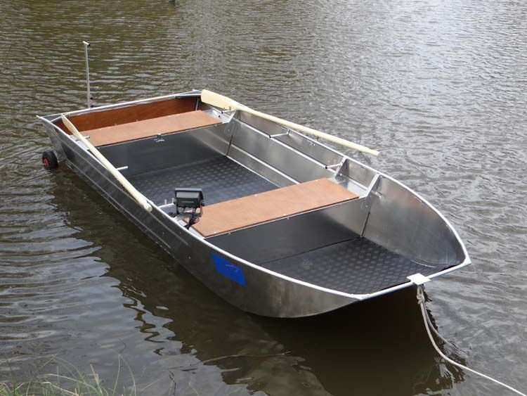 fishing small boat_79