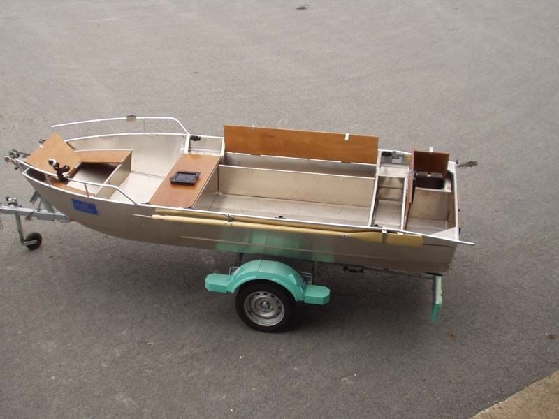 fishing small boat_80