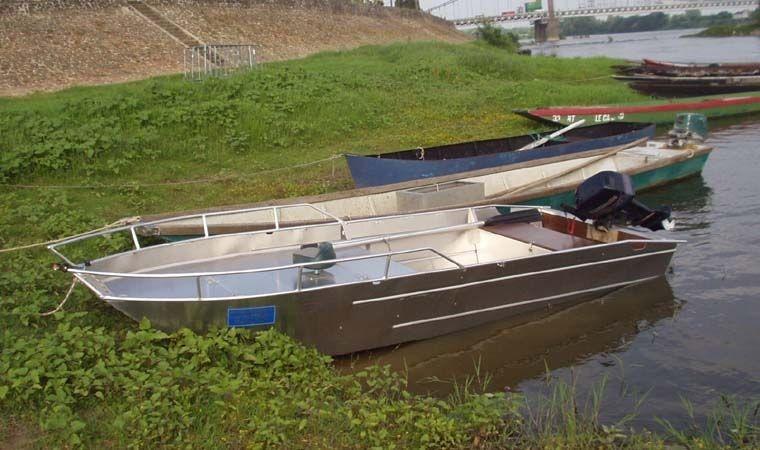 fishing small boat_91