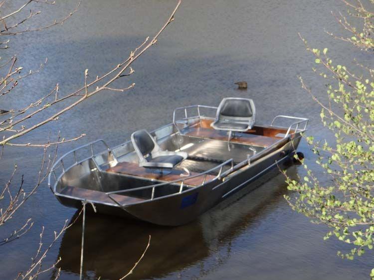 fishing small boat_92