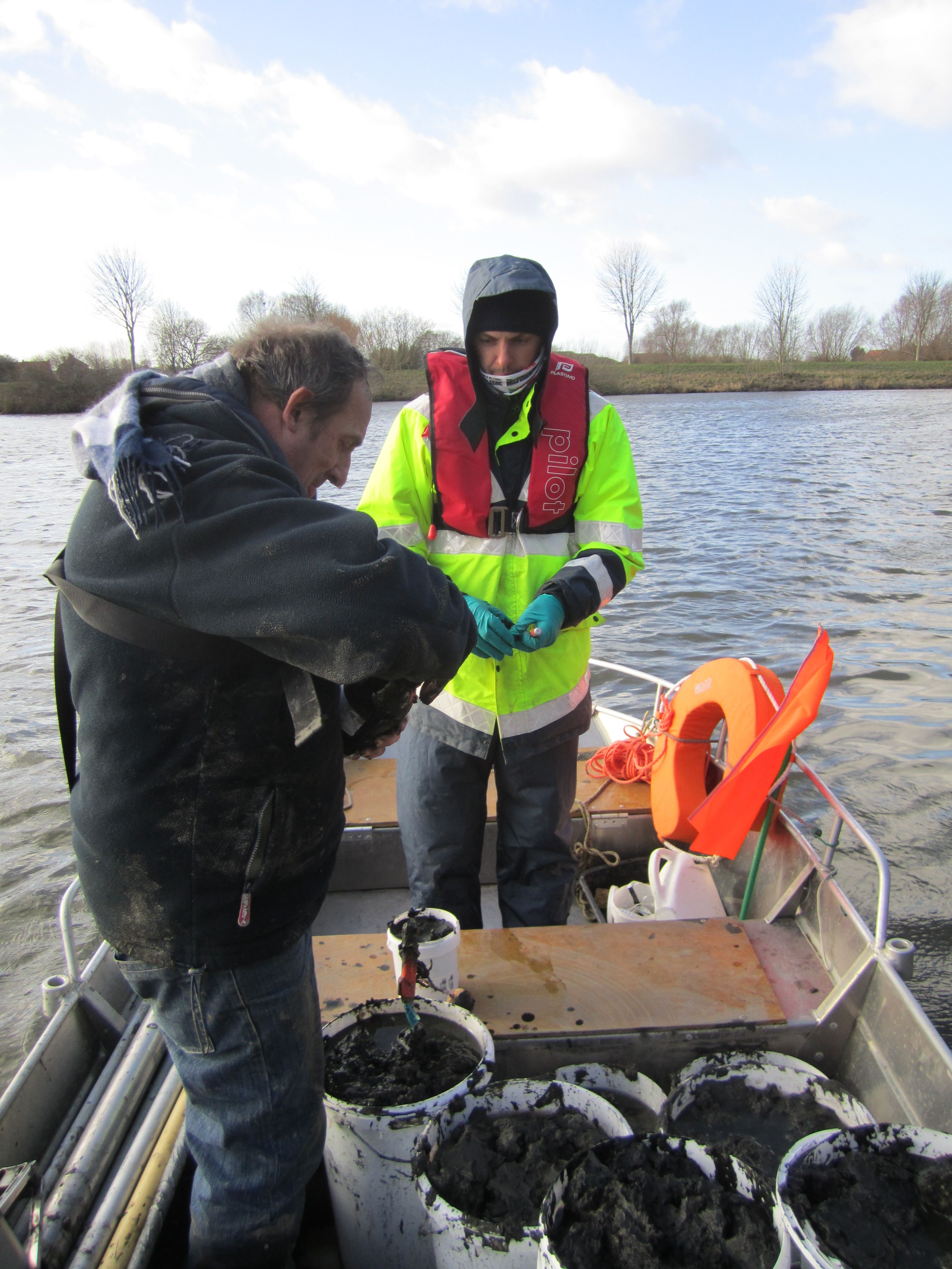 work boat (3)