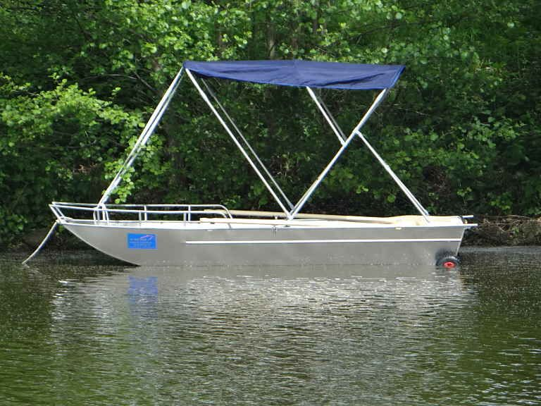 fishing dinghy - sun bimini (3)