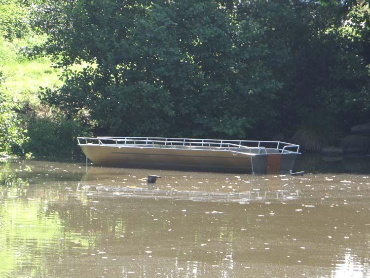 fishing aluminium dinghy (14)