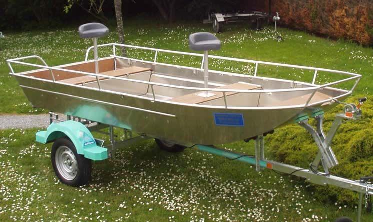 fishing aluminium dinghy (17)