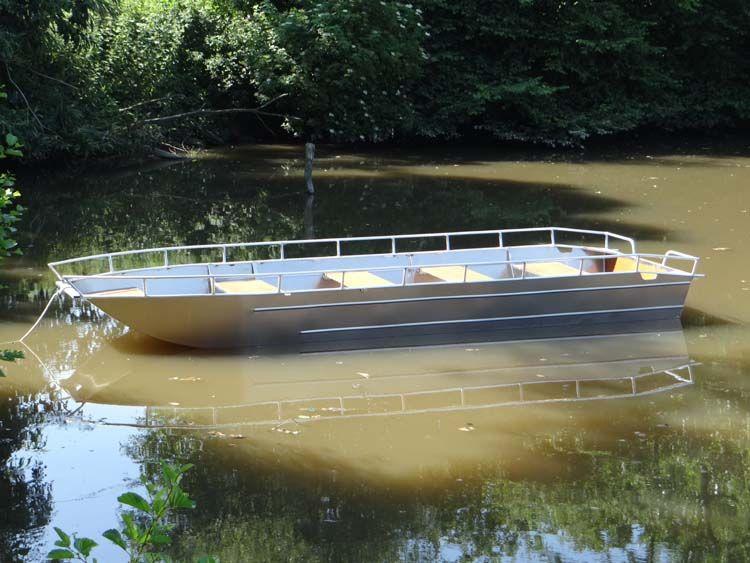 fishing aluminium dinghy (9)