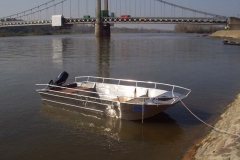 fishing aluminium dinghy (4)